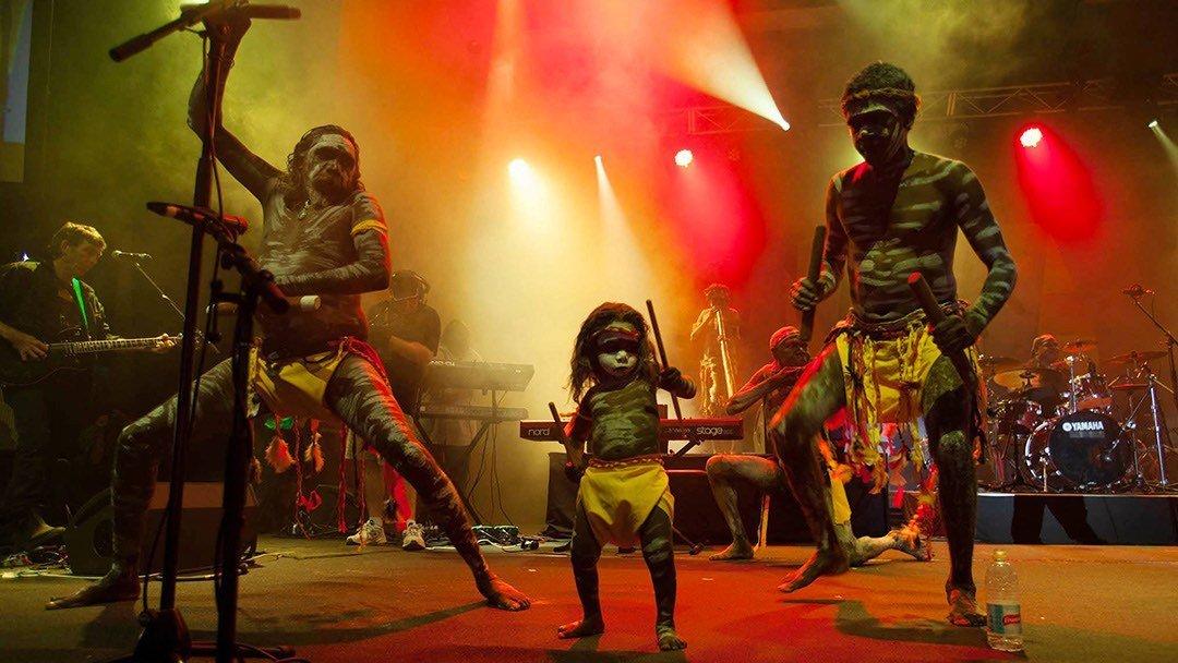3 Aborigènes sur scène !