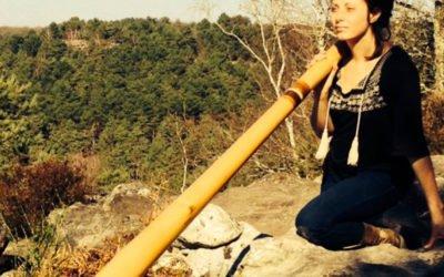 Podcast | Les femmes aussi jouent du didgeridoo, hommage à 5 d'entre elles
