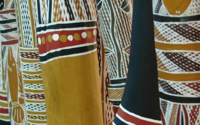 Introduction aux deux grands styles du jeu traditionnel des Aborigènes d'Australie (5/10)