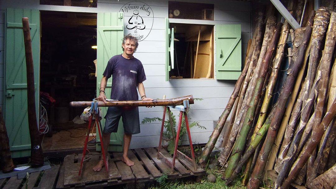 Ces excellents didgeridoos en agave qui viennent de La Réunion, rencontre avec Véfoun
