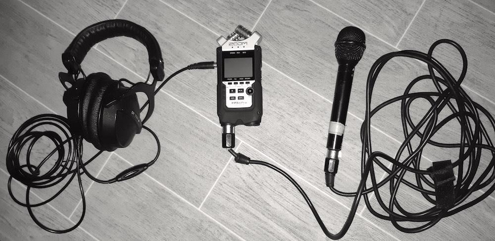 Mon casque et mon micro avec mon enregistreur numérique
